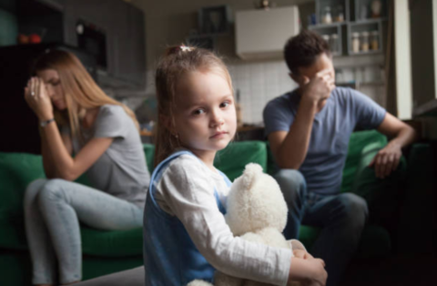 Ребёнок грозится уйти из дома: как с ним говорить?