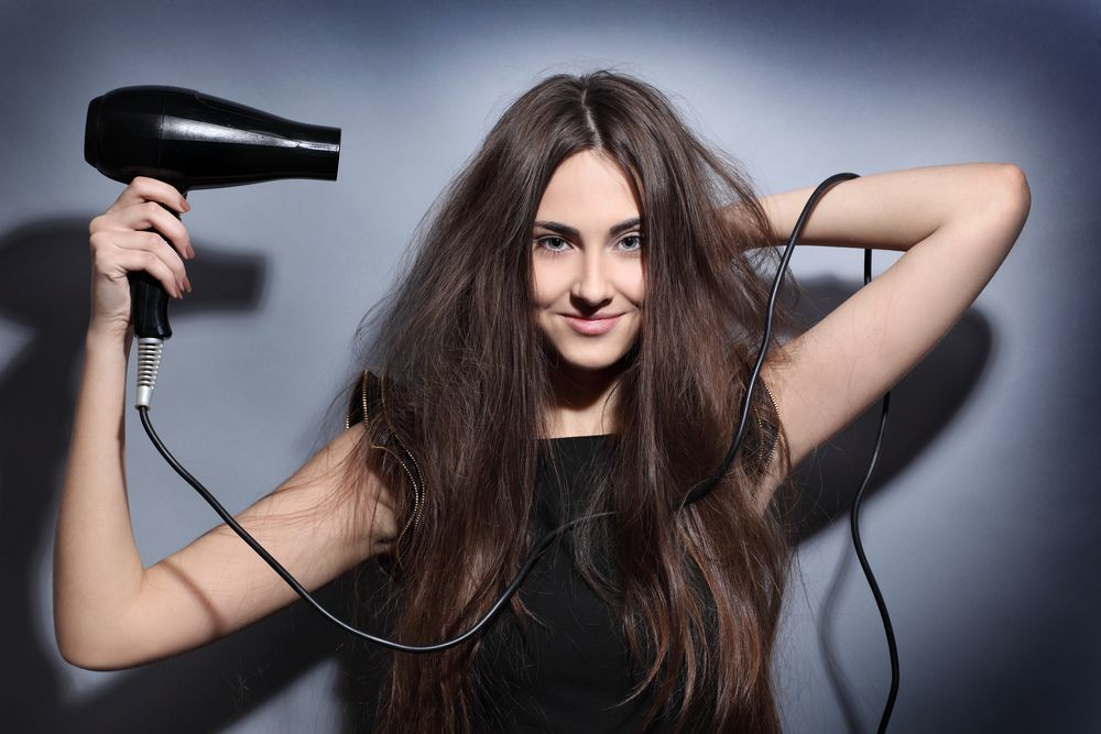 Как правильно сушить волосы феном
