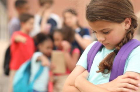 Что посоветовать ребёнку, если его дразнят? 5 эффективных стратегий!