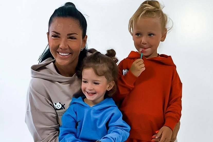 Финалистка проекта «Пани Украина» – Наталья Кравецкая представила новую линию детской одежды WOW KIDS