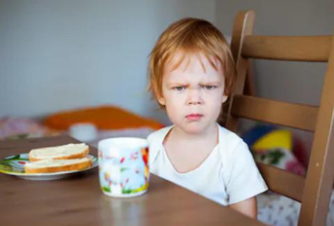 Можно ли уступить ребёнку, даже если что-то запретили?