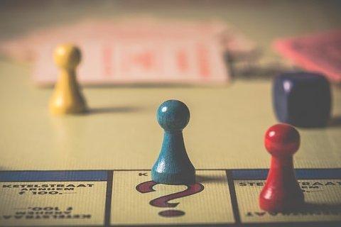 Зачем играть в настольные игры всей семьей?