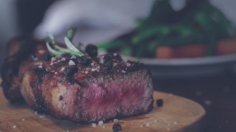 Рецепт идеального стейка из мраморной говядины