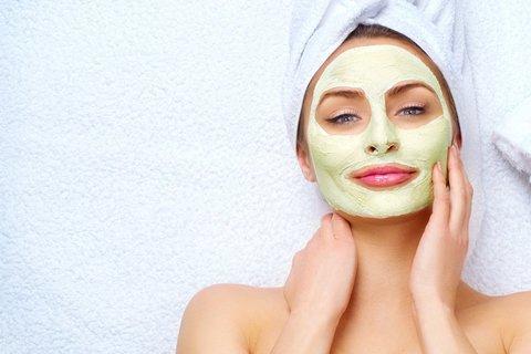 Желатиновая маска с аскорутином для лица.
