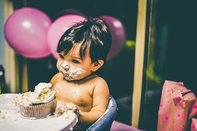 Какие подарки можно подарить ребенку?