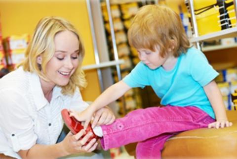 Как научить ребёнка одеваться самостоятельно? 10 практических советов!