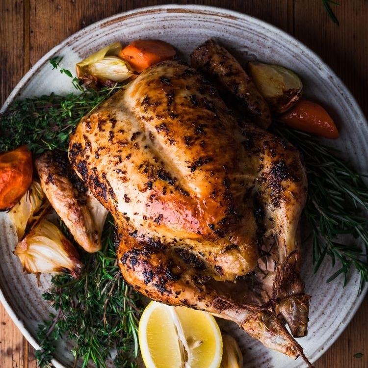 Рецепт жареной курицы с травами