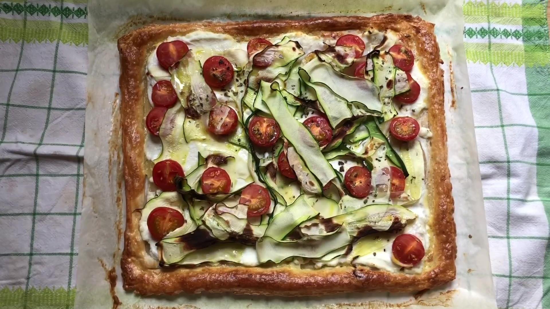 Пирог с Рикоттой, Цуккини и томатами