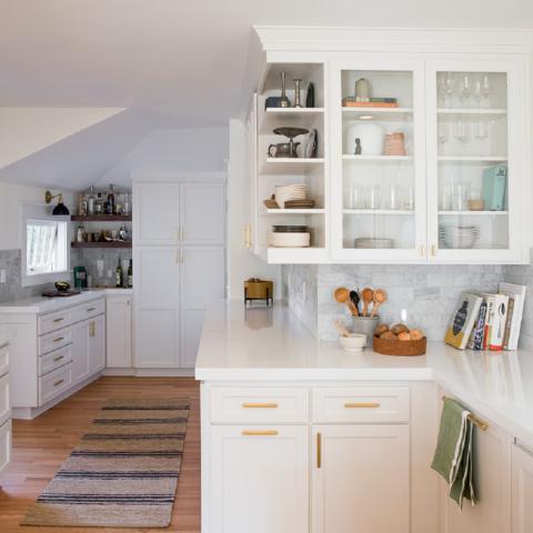Особенности выбора фурнитуры для кухонного гарнитура
