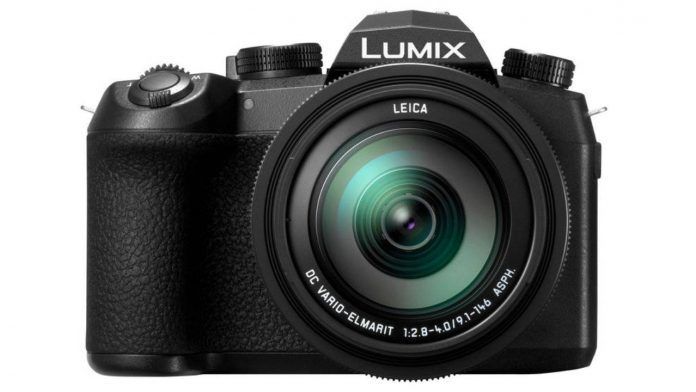 Panasonic представили две новые камеры