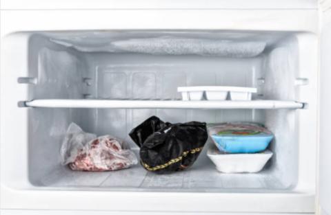 Как правильно размораживать грудное молоко?