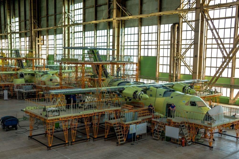 Перспективный транспортник Ил-112 готовы приобрести Минобороны, Почта России