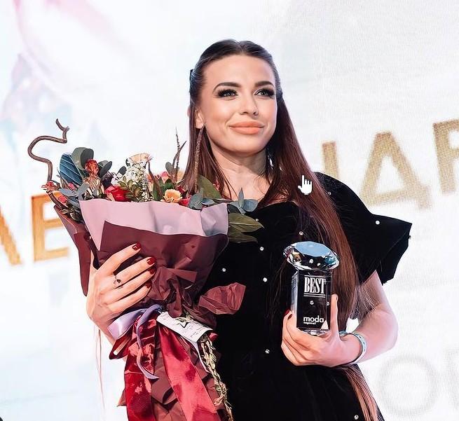 31 марта в MODUS состоялась 11 церемония награждения ежегодной звездной премии «Прорыв Года BEST 2021» от журнала MODA topical.