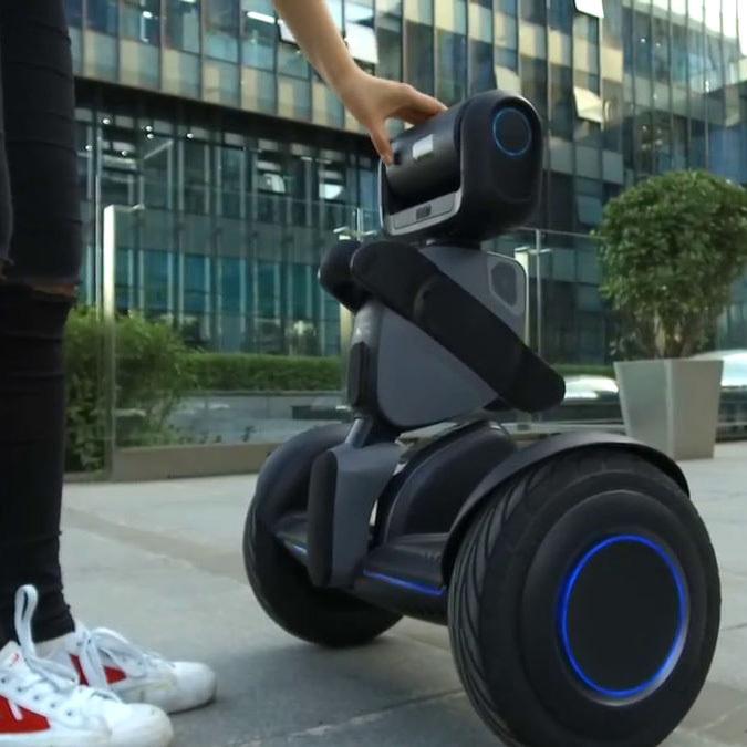 В продаже появится Loomo – робот-гидроскутер