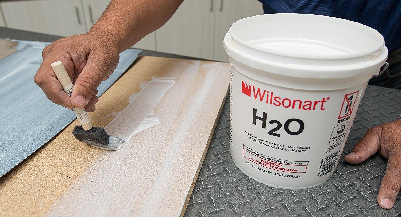 Контактный клей может быть экологичным! WILSONART H2O – новый контактный клей на водной основе.