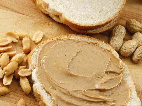 В чем различия арахисовой пасты от растительного арахисового масла и как их производят!
