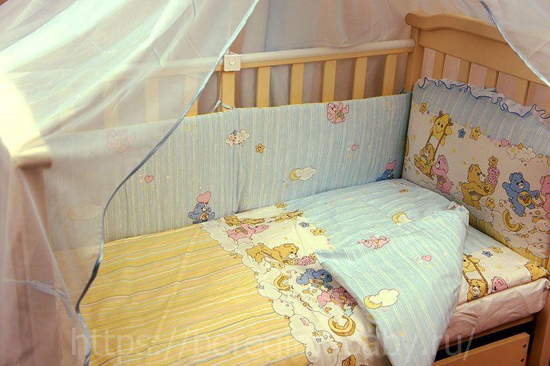 Что должно быть в кроватке новорожденного?