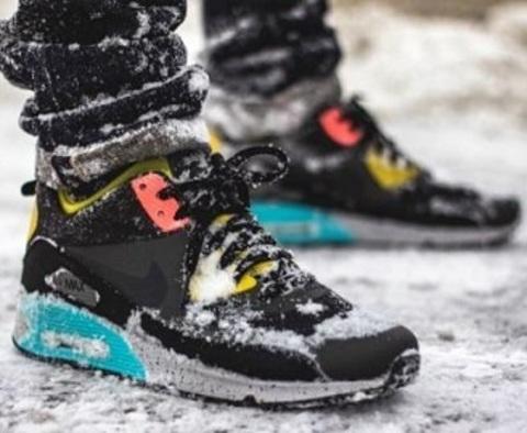 Кроссовки на зиму: что выбрать