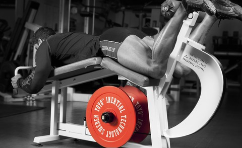 Упражнения на эксцентрическое сопротивление для развития мышц задней поверхности бедра