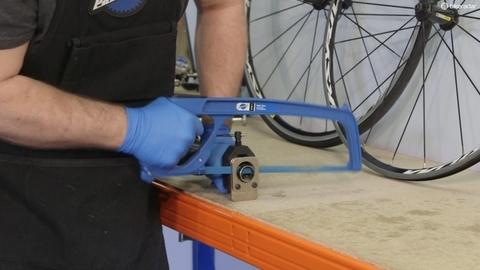 Ремонт велосипеда: Как обрезать шток