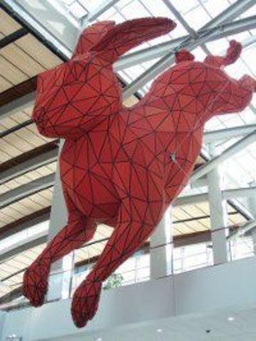 Скульптура кролика за 10 000 фунтов