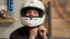 Как подобрать правильный размер мотошлема?