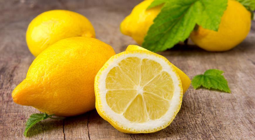12 полезных и целебных свойств лимона