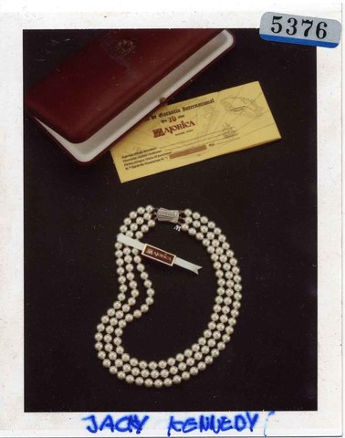 THE JACKIE KENNEDY NECKLACE