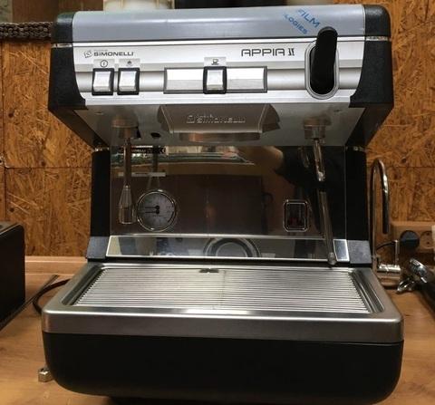 Как выбрать кофемашину для кофейни?