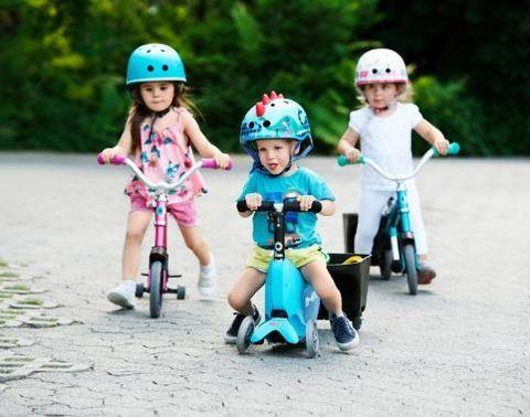 Беговел, самокат или велосипед? Что купить ребенку?