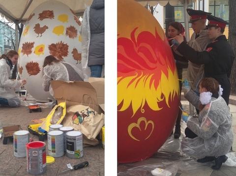Чем в Москве красят яйца на Пасху?