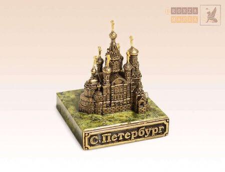 Уникальные сувениры с символикой Петербурга