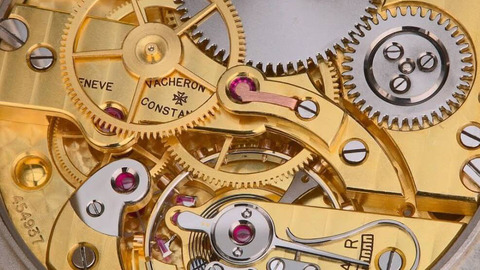В чем разница между кварцевыми, автоматическими и механическими часами?