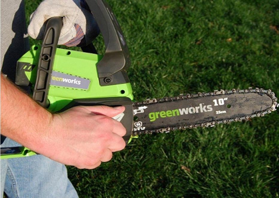 Аккумуляторные цепные пилы Greenworks: особенности выбора