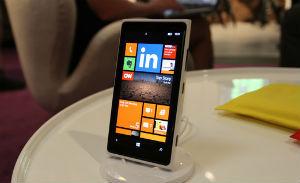 Microsoft и Samsung примкнули к стандарту беспроводной зарядки Qi