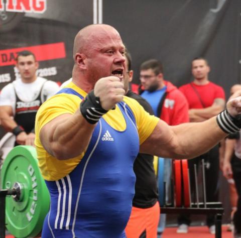 Интервью с Алексеем Соловьевым — неоднократным чемпионом мира, троеборцем и жимовиком!