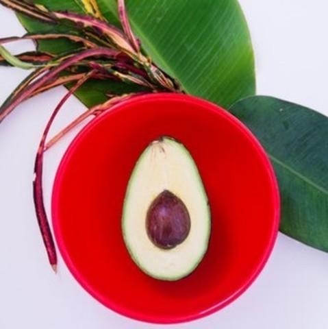 Как выбрать и приготовить авокадо для роллов