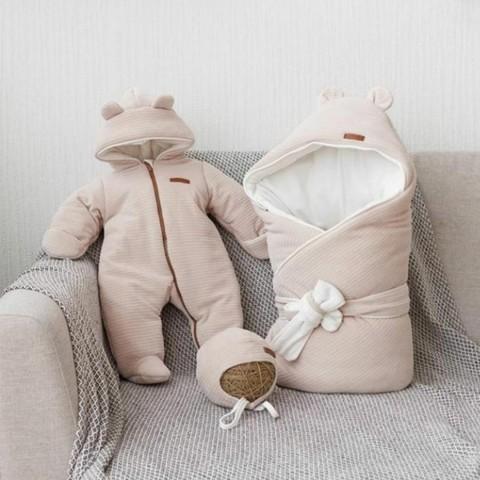 Первая одежда для новорожденных в зимний период