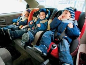 Безопасное место установки автокресла в машине