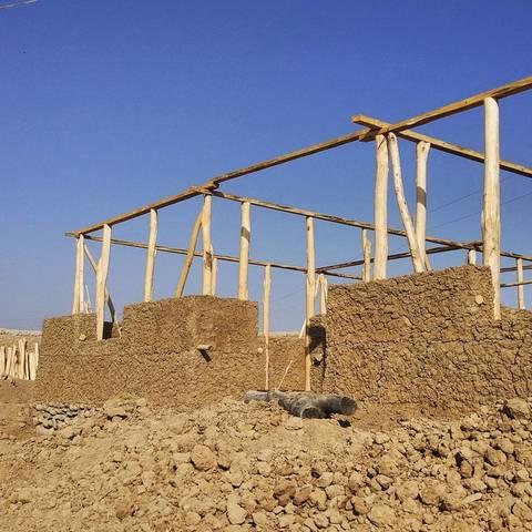 Строительство глинобитного дома