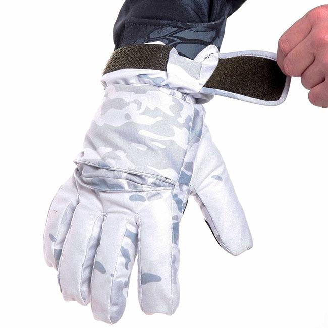 Перчатки – как часть униформы армейцев, участников тактических игр