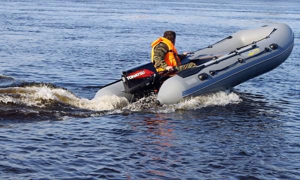 Лодки из алюминия и ПВХ: что выбрать?