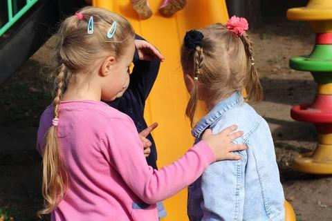 Дети и карманные деньги: когда и сколько давать?