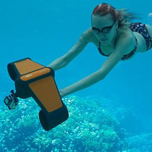 Подводный скутер для дайверов