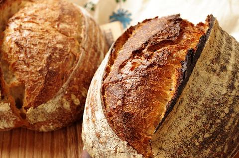 Про цвет хлебной корки