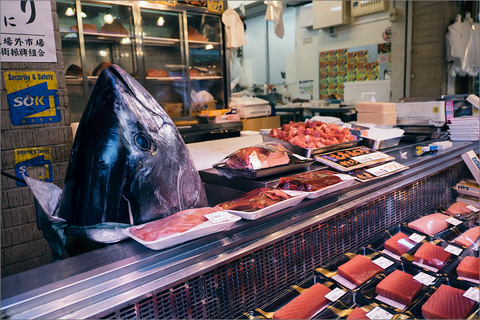 Рынок Цукидзи: в чем особенность самого известного рыбного рынка в мире?