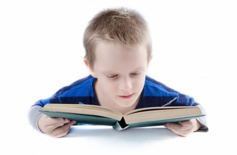 Почему стремиться научить ребенка читать в 3 года ПЛОХО?