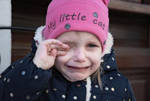 5 фраз, которые нельзя говорить ребёнку, когда он плачет!