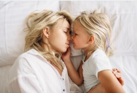 10 фраз, которые нельзя говорить детям! И на что их нужно заменить...