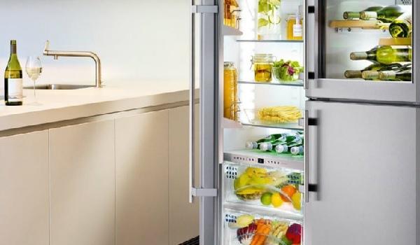 Midea представила умный холодильник